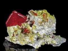 0-Wulfenit-75x45x4-cm---cristallo-19-cm_FMattia-Cairoli.jpg